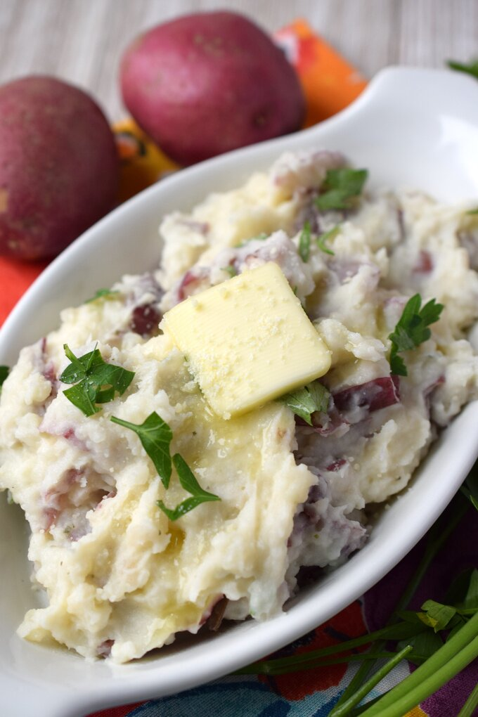 Garlic Herb Cheese Mashed Red Potatoes