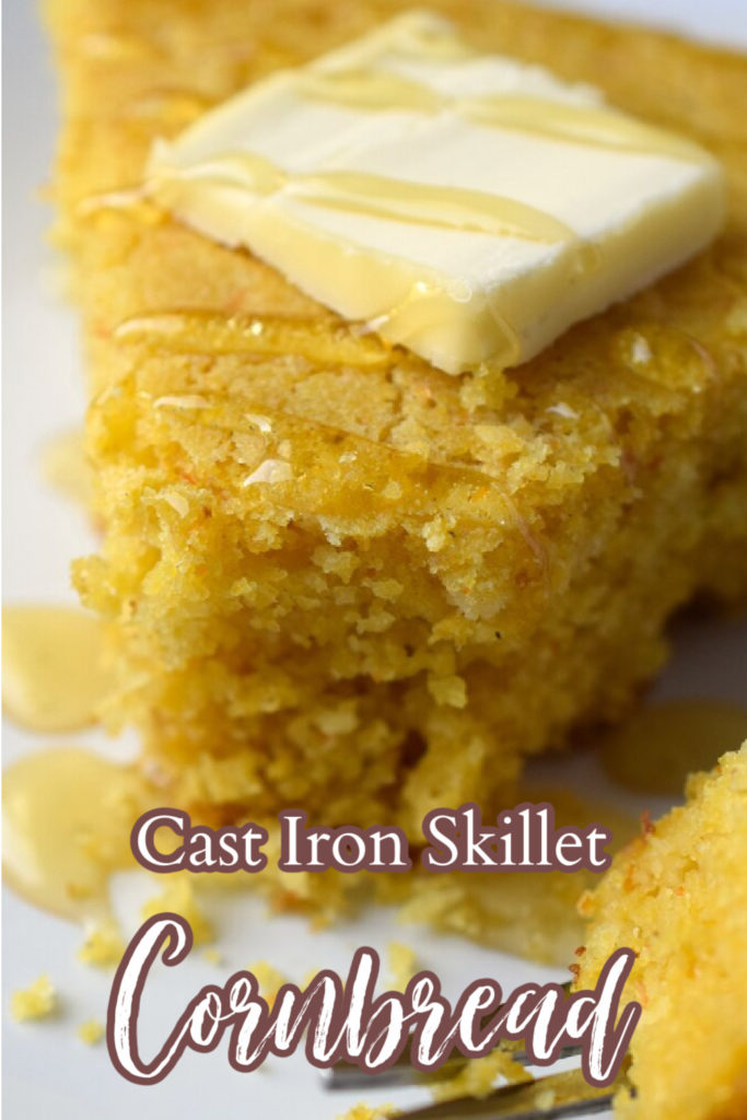 Skillet Cornbread - A quick and easy side dish great for a weeknight dinner or the holidays. Made in a cast iron skillet with just a few simple ingredients. Cast Iron Skillet Cornbread | Skillet Cornbread | Cornbread Made in a Skillet